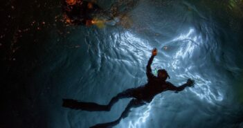 Vuelve el Via Crucis submarino a Puerto Madryn esta Semana Santa
